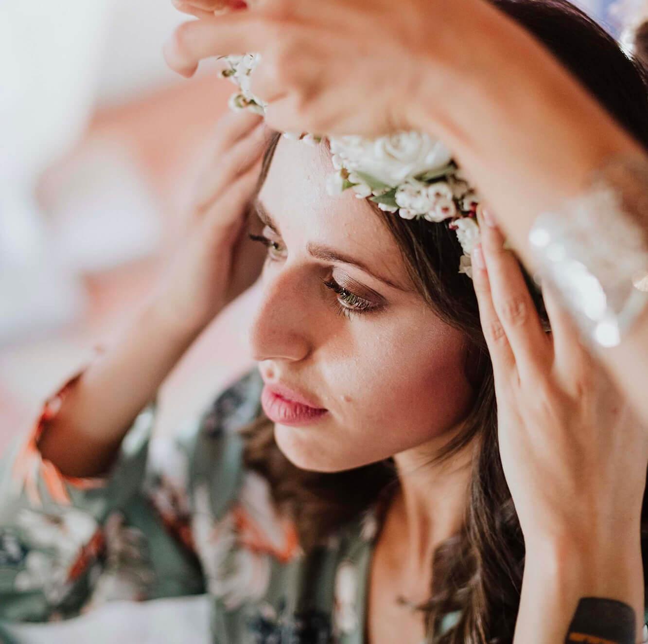 Hair Stylists for the bride, wedding in Tuscany. Giulia Alessandri Wedding Planner, Wedding Design & Wedding Coordination in Tuscany.