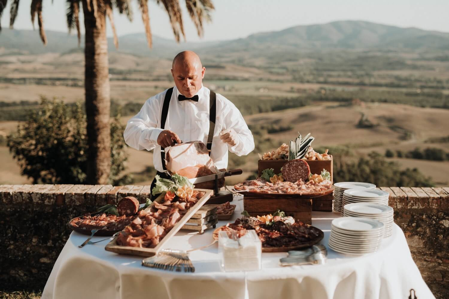 Welcome dinner for your destination wedding in Tuscany, Florence, Siena, Chianti. Giulia Alessandri Wedding Planner, Wedding Design & Wedding Coordination in Tuscany.