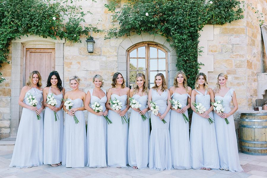 Looks for bridesmaids and guests: the perfect outfits for the wedding day